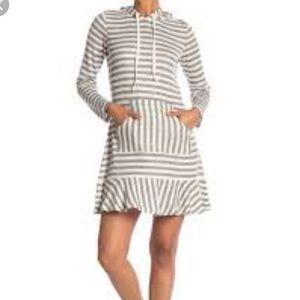 Vince Camuto hoodie sweater dress